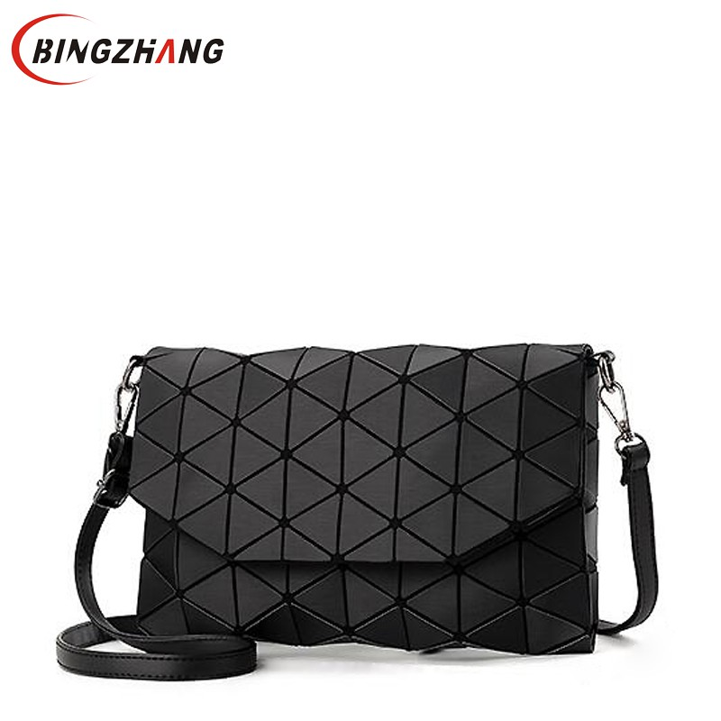 2018 new small solid plaid geometric lingge envelope s