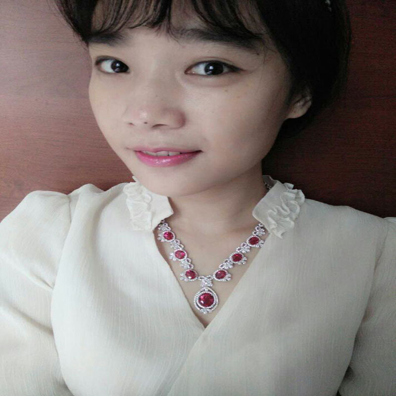 Qi Xuan_Fashion Jewelry_Red Pierre Petite Fleur De Mariage/fête Necklaces_S925 Argent Massif Necklaces_Manufacturer Directement Vente