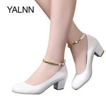 Yalhn nova mulher bombas de salto alto sexy noiva festa salto grosso dedo do pé redondo couro sapatos de salto alto para senhora do escritório