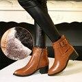 2017 Estilo Europeo Negro Marrón Cuero Genuino Botas de Las Mujeres de la Hebilla corto Martin Botas En Punta Tacón Alto Botines Zapato señora