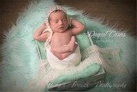 85cmx85cm(33''x33'') Faux Fur Blanket Basket Stuffer Newborn Photo Prop Basket Filler Newborn Blanket Prop