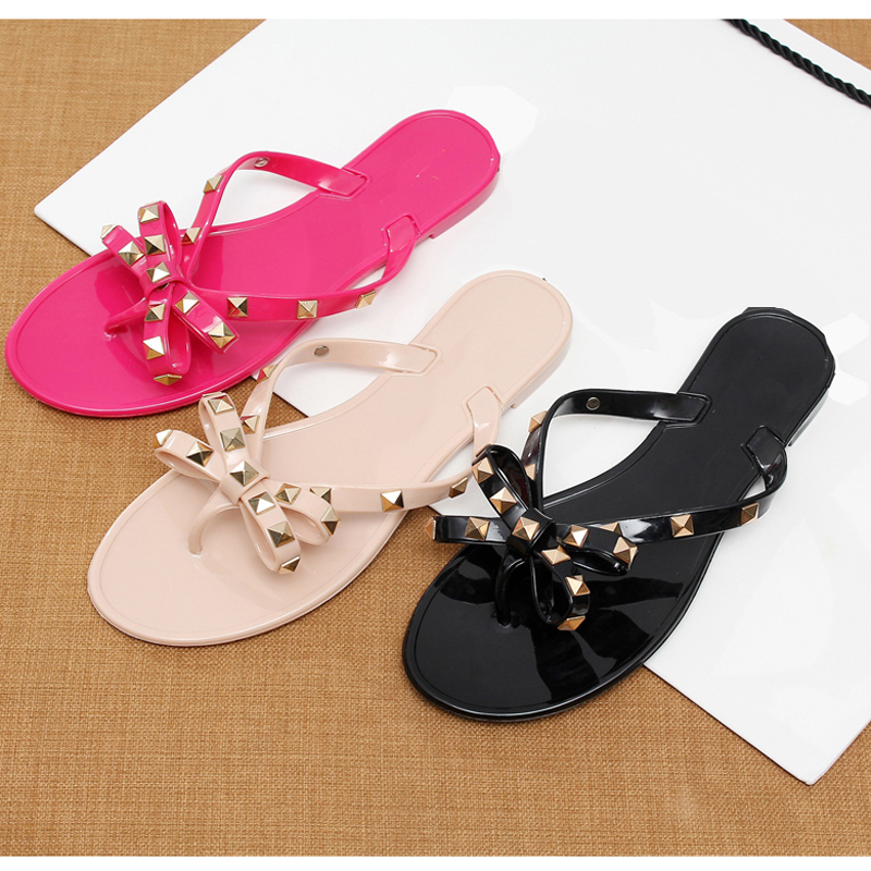 2018 fashion women sandals flat jelly shoes bow V flip flops stud beach shoes summer rivets slippers Thong sandals nude(China)