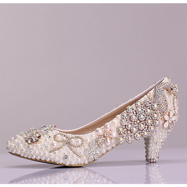 FASHION Aesthetic luxury pearl peacock wedding shoes performance shoes low heel crystal wedding shoes women formal dress shoes