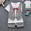 2016 Muchachos de Los Niños de Cumpleaños Trajes Ropa Establece Summer Wedding Tie traje de Bebé Ropa de Niños Trajes Formales para Los Niños A Cuadros traje