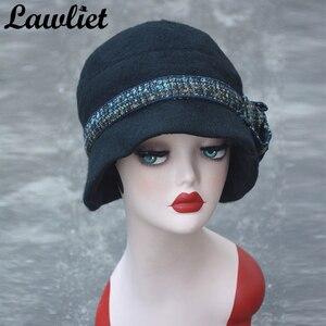 Image 2 - Lawliet פרח תקליטונים נשים חורף כובע צמר מגבעות לבד דלי כובעי אפור שחור גטסבי בציר סגנון קלושים כובעי כנסיית A374