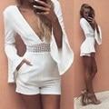 2017 Nova Moda Feminina Verão Branco Curto Macacões Profundo Decote Em V flare manga crochê cintura sexy partido rompers macacão s m l XL