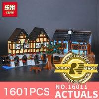 Lepin 16011 1601Pcs The Street Series Medieval Market Village Building Blcoks Bricks Toys Model 10193 For