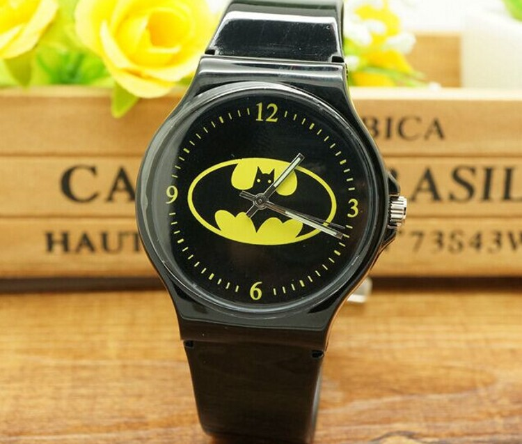 free shipping wholesale superman watch quartz cartoon children 3d watch 1pcs New Cartoon Batman spiderman superman Boys Girls Children Non-toxic Analog Sports Waterproof Wristwatch Gift Watch Free Shipping