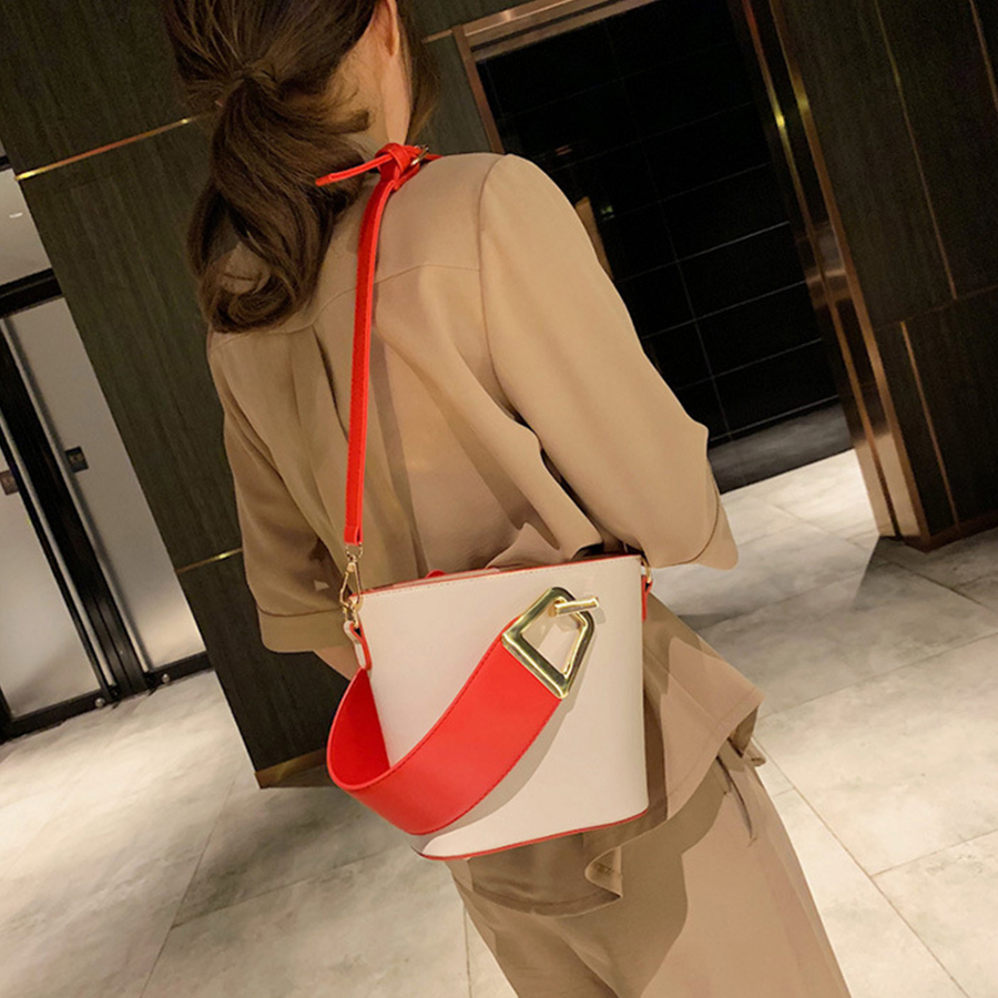 Casual Wide Strap Bucket Bag Designer Women 39 s Handbags Luxury Pu Leather Shoulder Bags Large Capacity Crossbody Bag 2019 Purses in Top Handle Bags from Luggage amp Bags
