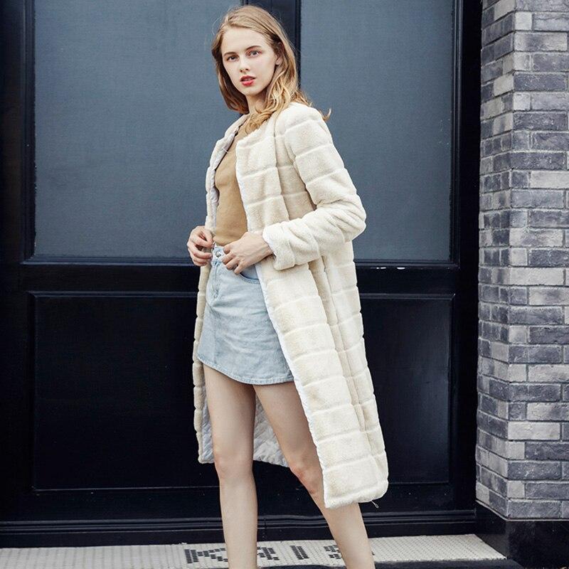 Plus Size S 4XL Long Fur Coats Beige Faux Fur Coat Beige Long Sleeve Collarless Casual Woman Fashion Winter Fur Long Jacket