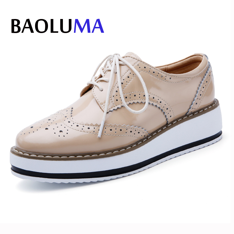 Baoluma Women Platform Oxfords Flats Shoes Patent Leather Lace Up Pointed Toe Brand Female Footwear Shoes Women Creepers Mujer women platform oxfords brogue leather flats lace up shoes pointed toe creepers vintage female moccasins loafers women shoes z276
