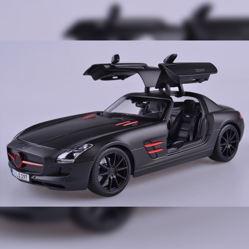 Maisto 1/18 Mercedes-Benz SLS AMG alloy metal model sports car Diecasts&Vehicles function Exquisite gifts, high-end toys maisto jeep wrangler rubicon fire engine 1 18 scale alloy model metal diecast car toys high quality collection kids toys gift