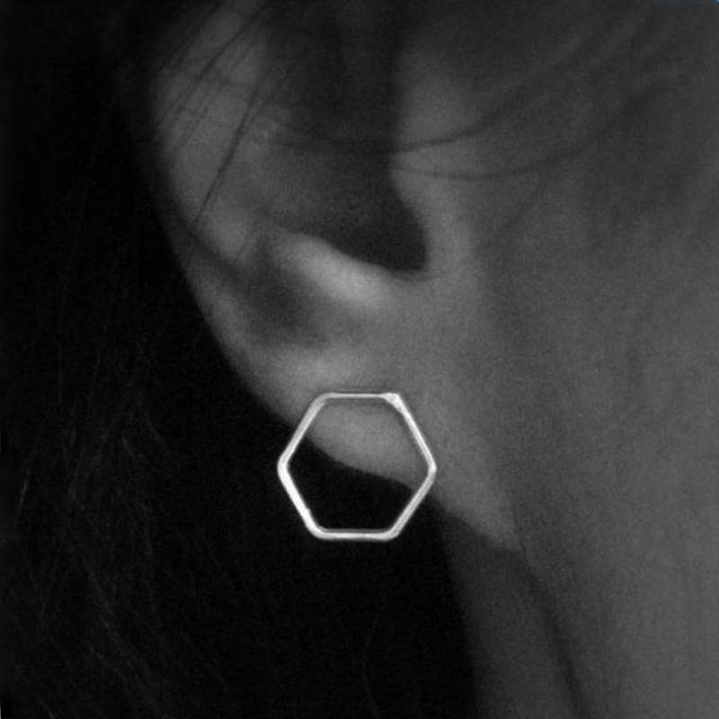 Poputton Hollow Trapezoidal Pattern Stud Earring for Women Tiny Geometric Vintage Stud Earrings 2018 brincos para as mulheres