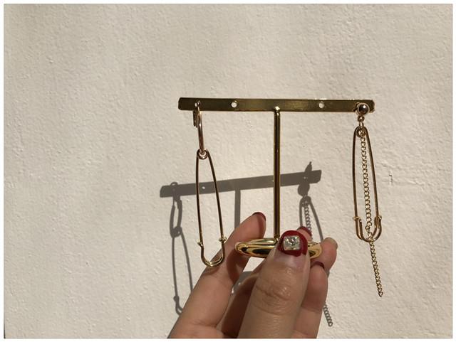 Pendientes Asymmetric Pin