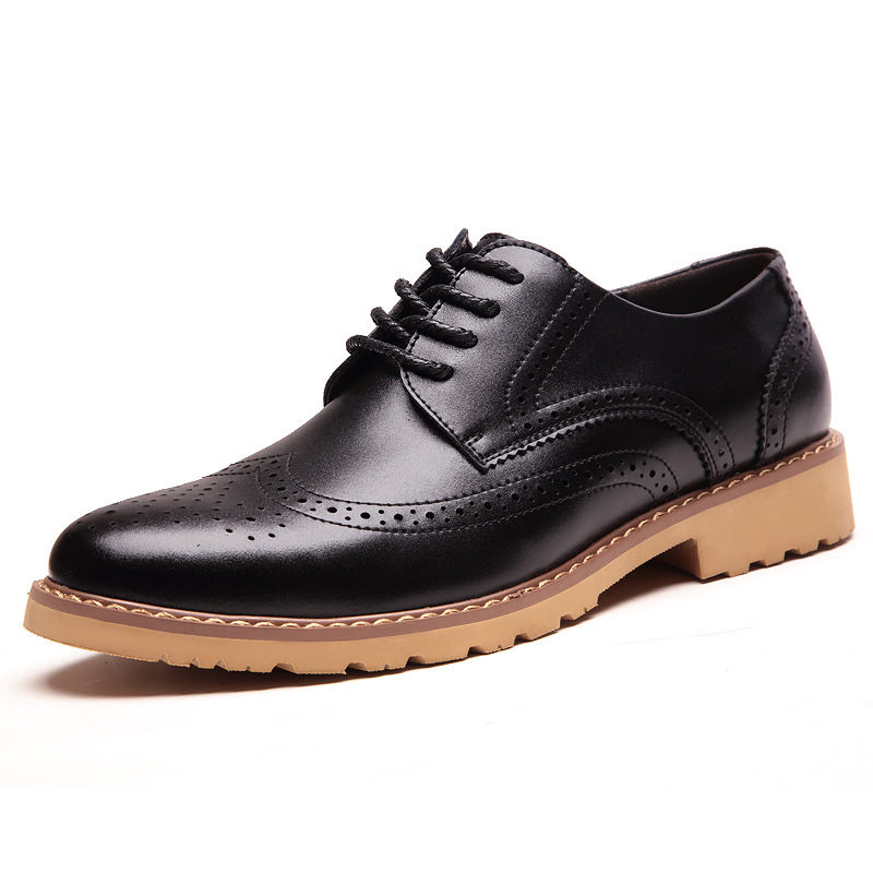 Merkmak 2017 fashion brand men 39 s business dress brogue for Black dress shoes for wedding