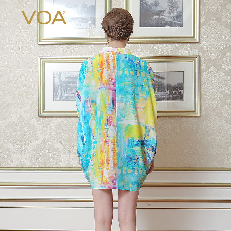VOA 2018 Summer New Silk Chiffon V neck Short Sleeve Casual T Shirt Fashion Graffiti Plus Size Loose Print Women Tops B6983 - 2