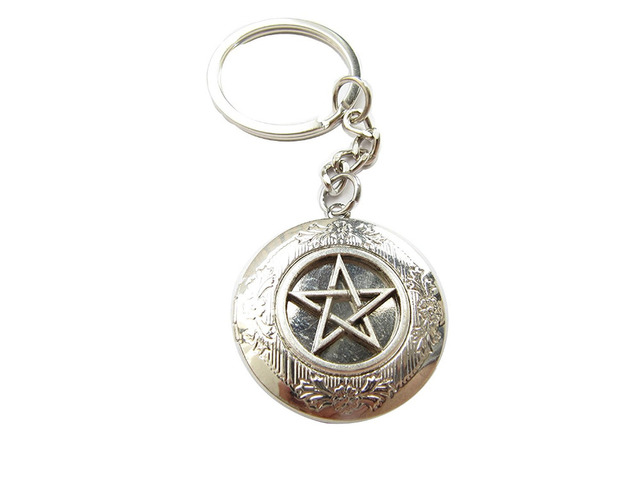 2pcs Wholesale Sale Ancient Silver Pentagram Locket Keychainpagan