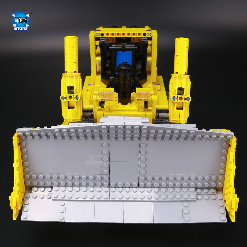 New Technic Series Remote Contro Lthe Bulldozer Model Assembling Building Block Bricks Toys Gifts Kits Compatible LEPINS Figures hot city series aviation private aircraft lepins building block crew passenger figures airplane cars bricks toys for kids gifts