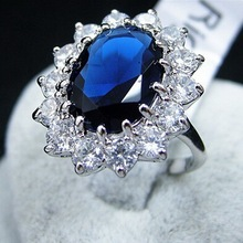 Hot Sale Top Quality Fashion Women Luxurious Elegent Blue Crystal Engagement Wedding Ring Concise Jewelry Anillos