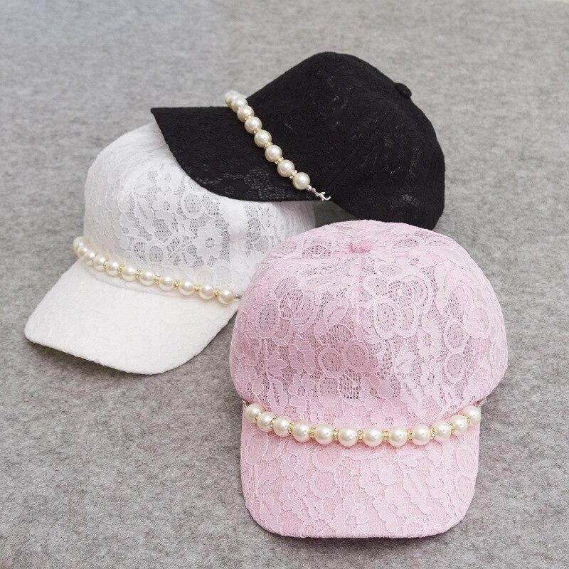 Prix pour Livraison Gratuite 2017 Nouvelle Mode D'été Femmes Noir Blanc Rose Dentelle Floral Casquettes de Baseball Avec Perle