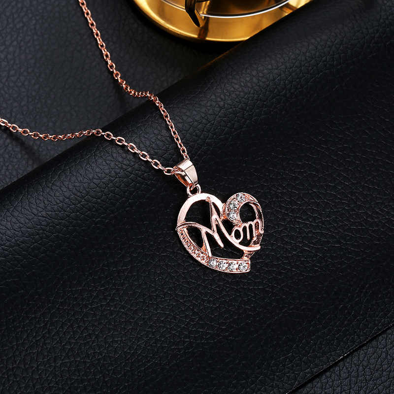 2019 New 4 Colors Hot Love Mom Gift Mama Necklace Silver Gold Jewelry For Mother MUM Letters Heart Pendant Necklace Wholesale