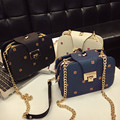 Cadeias de moda 2016 Pequeno Saco de Mulheres De Luxo Da Marca Pu saco do Mensageiro Aba de Couro para Meninas Bege Crossbody Sacos saco Retro Feminino barato