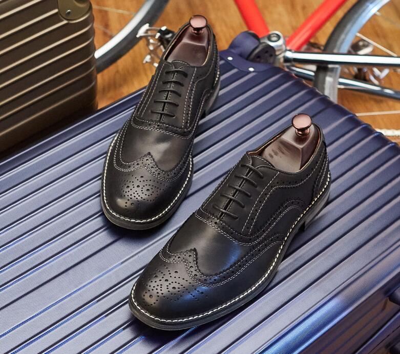 Shoes Men samrt casual genuine leather formal dress shoes carved flats moccasins lace up classical black vintage brogue shoes men fashion business dress genuine leather shoes carved brogue lace up flats shoe breathable comfort loafers moccasins footwear