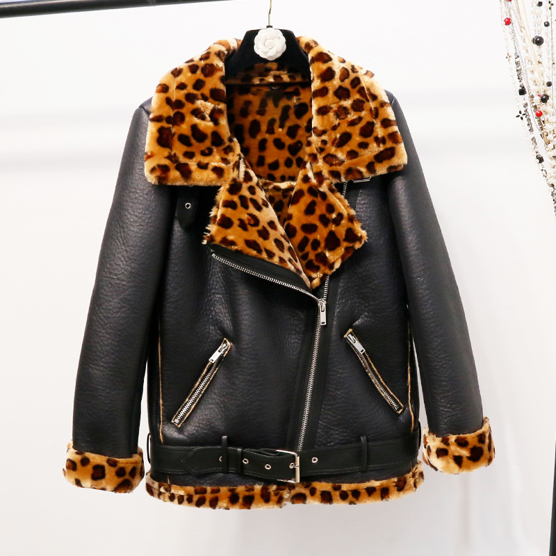 Female Winter New Turn Down Collar Motorcycle Jacket Women Thick Flocking Leopard Parkas Plus Size Loose Long Sleeve Coat Z477