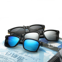 Mens Polarized Sunglasses 2018 New Fashion Stylish Sunglass Driving Sun Glass Designer Wholesale Plastic WD0762