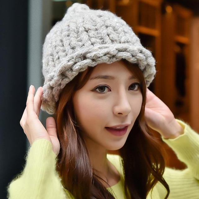 Hot Thick Thread Woolen Knitted Hat Autumn Winter Mixed Yarn Bold Heavy Line Wool Hemming Skullies Warm Women Braided Cap Beanie