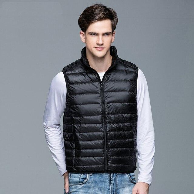 2020 New Men's Winter Coat 90% White Duck Down Vest Portable Ultra Light Sleeveless Jacket Portable Waistcoat for Men 3