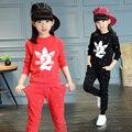 2017 весна осень детская мода набор костюм 4-13 летняя девочка краска Клевер 2 свитер спорта из двух частей