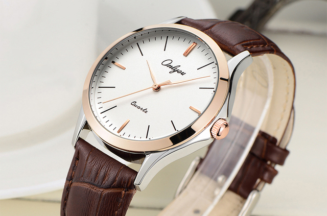 Onlyou Luxury Brand Fashion Casual Lovers Watches Women Men Leather Watchband Boys Girls Quartz Watch Water Resistant Clock 8838