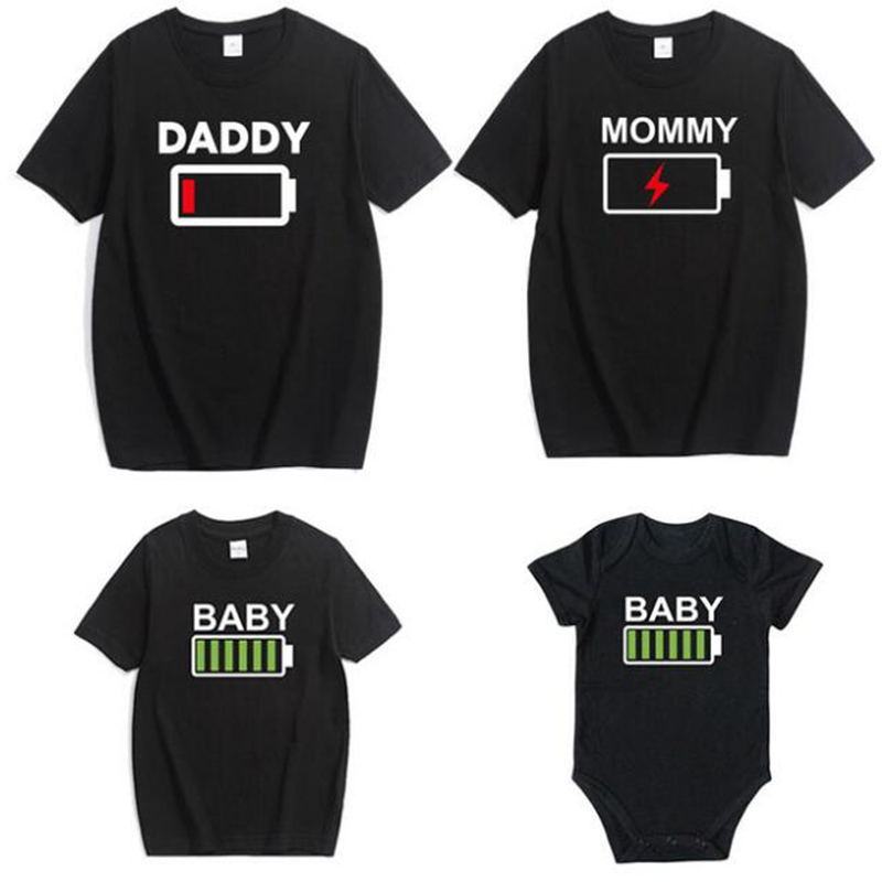 2019 Family Look T Shirt Matching Clothes Novelty Battery T Shirt Daddy Mommy And Daughter Son Baby Brother Sister Funny Romper