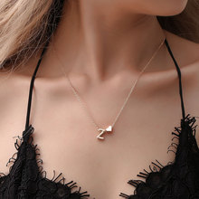Simple and stylish love 26 English letters gold silver necklace Creative heart shaped short clavicle chain Girls day gift
