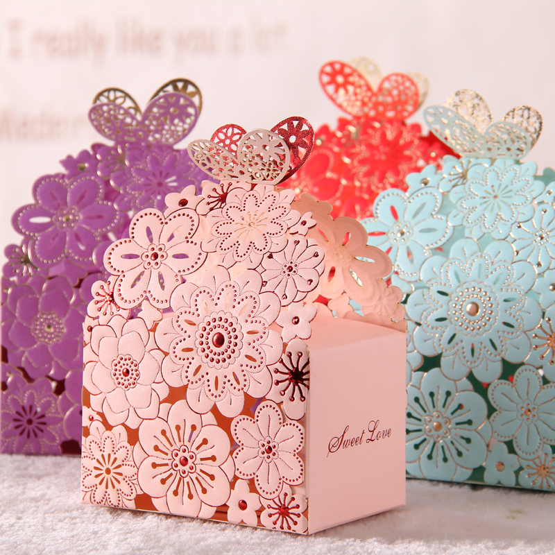 2016 Blue Red Lace Butterfly Laser Cut Wedding Favor Boxes