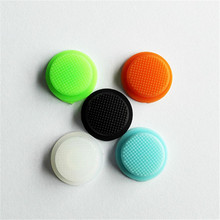 LED Flashlight luminous Silicon Button Switches Hats luminous design make it easy to find in the dark. Suit for most of the flas