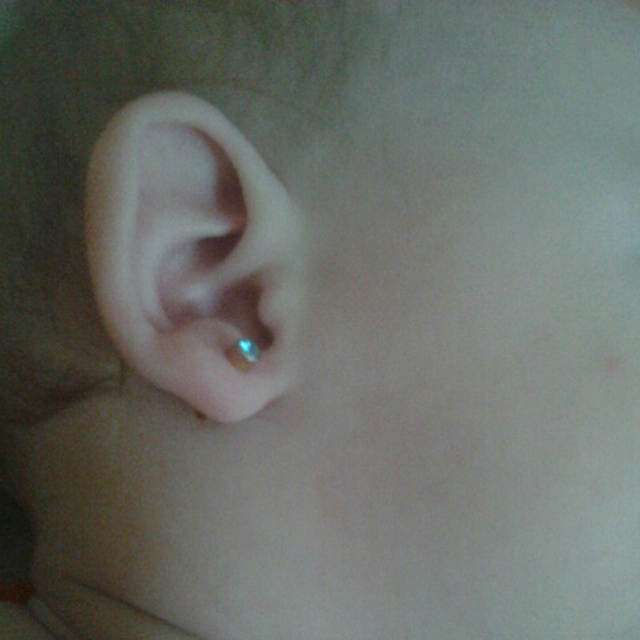 Online Shop 2pcs Disposable Sterile Ear Cartilage Tragus Helix