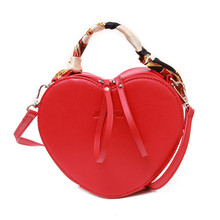 Heart Shaped Diamonds Women Evening Bags Red Black Chain Shoulder Purse Day Clutches Evening Bags For Party Wedding цена в Москве и Питере