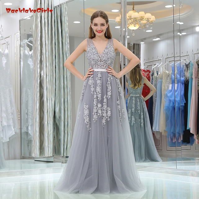 89cb76a2786 2018 New Pattern A-Line V neck Sleeveless Count Train With Appliques Back  illusion zipper Simple Chiffon Evening Dresses