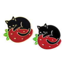Strawberry Kucing Hitam Bros Lucu Malas Kucing Berbaring Strawberry Bed Enamel Pin Anak Ransel Sweater Kartun Lencana Hadiah(China)