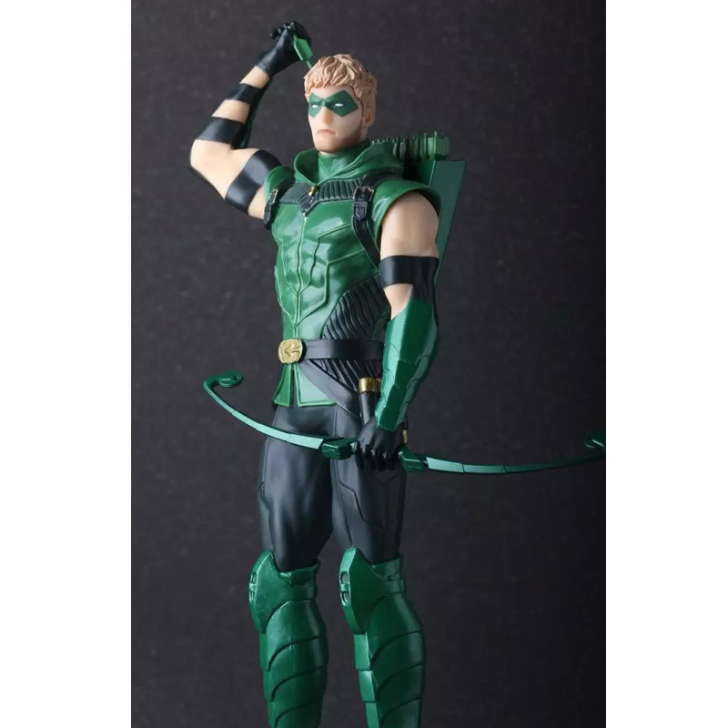 Crazy Toys Green Arrow PVC Action Figure Collectible Model Toy 25cm KT689 naruto kakashi hatake action figure sharingan ver kakashi doll pvc action figure collectible model toy 30cm kt3510