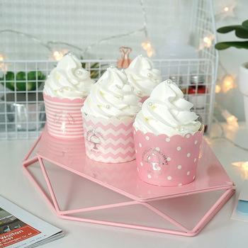 Śliczne symulacja lody w kubku wykwintne sztuczne babeczka romantyczna dekoracja ślubna zdjęcie prop cukiernia witryna tanie i dobre opinie Żywica 1 pc