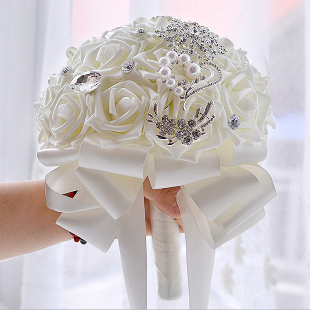 New 2016 White Bridal Bouquet Artificial Rose Foamflower Bridesmaid Wedding Bridal Bouquet with Crystal Bouquet De Mariage