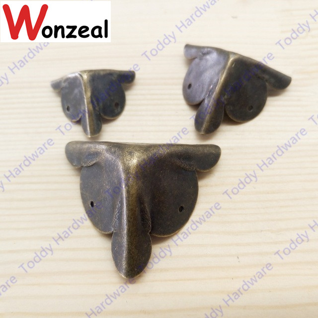 8pcs/lot Square corner antique wooden box package right angle iron angle decorative accessories lhx p0fh08 1 40 4mmhardware 4pcs 4 color antique angle packaging bag crashproof packer corner gift trumpet flower wrap angle