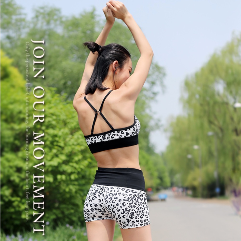 Women's Sport Suits Running Set Sport wear Bra and Shorts Yoga - Sportswear and Accessories - Photo 1