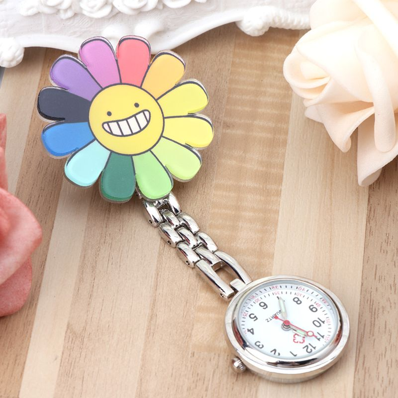 Nurse Watch Fashion Lady Girls Pocket Watches Hang Clip Portable Doctor Medical Charm Jewelry Smiley Face Flower Pendant