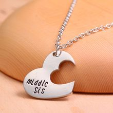 BIG SIS MIDDLE SIS LITTLE SIS Sister 3 Piece Necklace Set Best friend Cut Heart Necklace Family Jewelry(China)