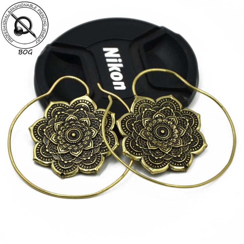Bog-paar Tribal Blume Antike Messing Ohr Tunnel Stecker Expander Messgeräte Earlet Piercing Körperschmuck Ohrring Schuhe
