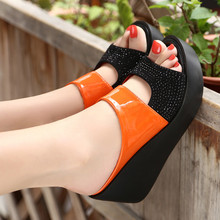 все цены на 2019 Arrival Women's Sandals Women Summer Fashion Leisure Fish Mouth Sandals Thick Bottom Slippers Wedges Shoes Women Dropship онлайн